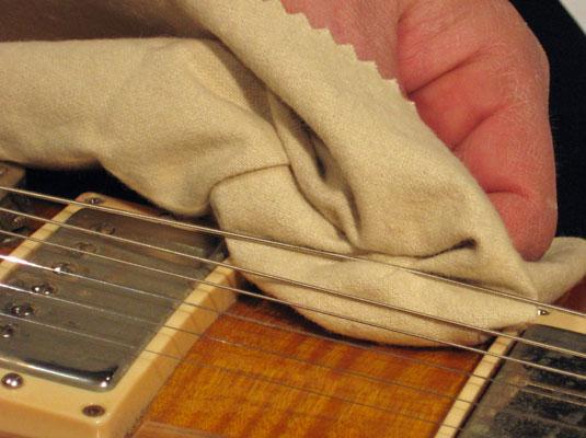 consigli per la pulizia della chitarra