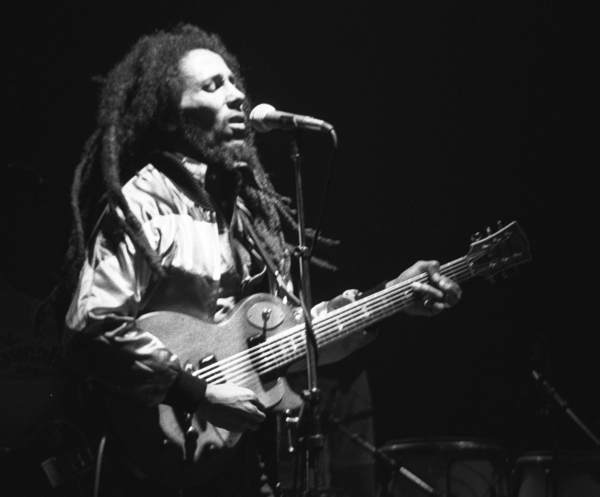 Bob-Marley-in-Concert_Zurich_05-30-80[1]