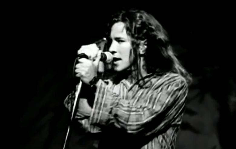 Foto: Screenshot del video Alive dei Pearl Jam